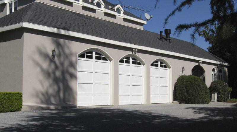 carriage-house-garage-doors-6