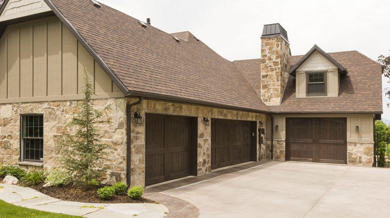wood-garage-doors-7