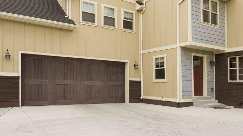 wood-garage-doors-9